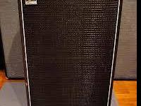 "AMPEG SVT 806 HE. 8X6.5"" SPEAKERS. STANDS 35"" TALL,"