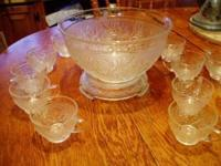 Anchor Hocking Sandwich Punch Bowl Stand 12 Cups, $55