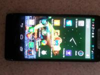 Im selling my Android Razr Maxx. I am the orginal