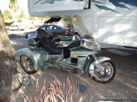 1999 GL Goldwing with all options plus 6 disk cd