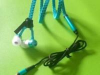 Anti Tangle Zipbuds Available in BLACK, WHITE, BLUE,
