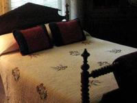 Details: Antique 19th Century Spindle / Spool Bed,