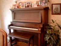 Antique Beckwith Oak Empire Upright Piano *Good