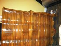 Beautiful antique bedroom set in excellent condition