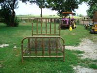 Antique Brass Bed ... Full size. Requirements an
