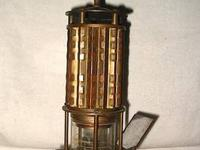 This is a great brass safety lamp which detected