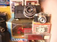 Excellent old electronic cameras to show with your old
