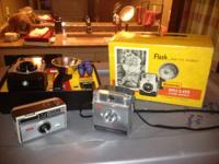 A collection of Antique Cameras that are in mint