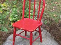 Antique Windsor hoop back child's chair with front legs