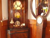 Antique walnut corner cabinet in excellent condition