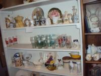 A long time antique dealer is closing out  her