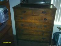 6-drawer antique dresser & mirror for sale. Needs some