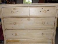 This dresser has 2 small drawers and 2 nice big
