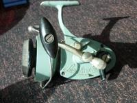 Up for sale is a Larchmont Model 3 spinning reel in