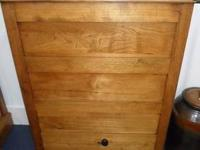 Beautiful antique solid wood flour bin with sifter and