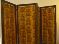 RCIL introduces you to this fine Antique Four Panel