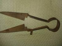 I am selling these Antique Hand Sheep Wool Shears from