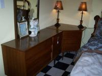 3 piece oak bedroom set includes full size bed,