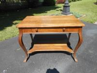 For sale here is a NICE CONDITION ANTIQUE OAK LIBRARY