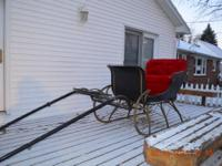 Antique one horse sleigh in excellant condition. I'm a