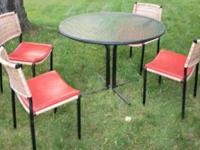 Antique Patio Set 4 Chairs and Table This was my