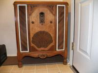 Philco model 76 radio, from what I've researched built