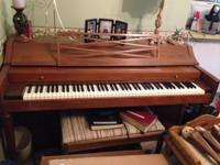 Antique Piano Excellent Condition ~~ MUST PICK UP ~~