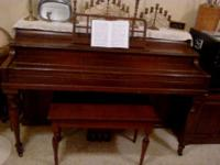 This is a 1939 Winter Piano/Bench.It is in good shape,