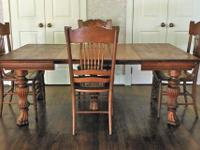 Antique dining set with table and 4 chairs in