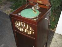 WELCOME TO Ray's Antique Radio Repair We specialized on