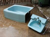 This is a rare pair. A retro mini tub with matching