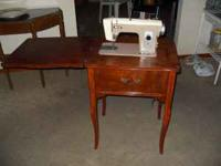 Antique Riccar Sewing Table, works needs a belt.