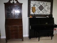Antique Secretary Desk Hutch, from the 1940s.    We are