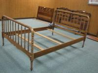 Full Size Antique Spool Bed. Very good condition.