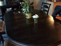 I am selling my antique table. This beautiful table has