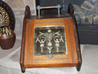 This is a beautiful antique English coal box hod or