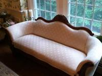 Antique Victorian Sofa in great condition, newly