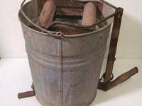 Antique Vintage Heavy Duty Galvanized Mop Bucket with