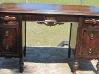 Beautiful Wood Desk Dressing Table Vanity Dresser with