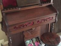 Asking $1000. Antique organ in great working condition!