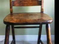 ANTIQUE WOODEN CHAIR, POSSIBLY USED BY A TEACHER OR