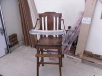 ANTIQUE WOODEN HIGH CHAIR. EARLY 1900'S. GREAT