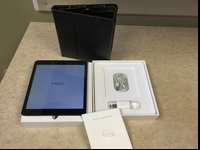 Apple iPad Mini, 16gb, 1st Generation. Model MF432LL/A.