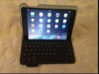 Up for sale an Apple iPad Mini 3 64g in perfect working