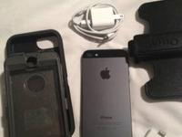 Like new apple iPhone 5 black 16gb. Works on at&t