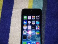 im selling a black apple iphone 5 32gb at&t. the phone