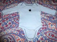 Apple Mac 0 - 6 months long sleeves baby onesie. Long