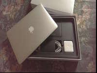** Apple Macbook AIR: like NEW ** Macbook Air still