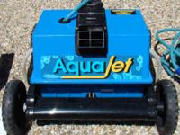 AquaJet used robot pool cleaner used 3 seasons, extra