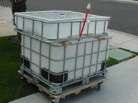 This is a simple aquaponics IBC Tote 1 bed system, if